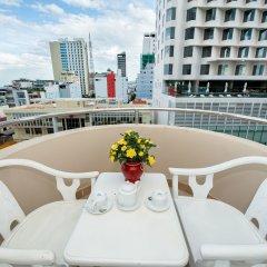 Отель Palm Beach Hotel Вьетнам, Нячанг - 1 отзыв об отеле, цены и фото номеров - забронировать отель Palm Beach Hotel онлайн балкон