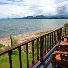 Отель Sara Beachfront Boutique Resort балкон