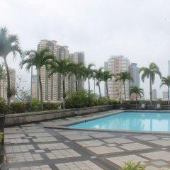 Отель The Pearl Manila Hotel Филиппины, Манила - отзывы, цены и фото номеров - забронировать отель The Pearl Manila Hotel онлайн бассейн фото 3