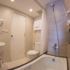 Отель Racha Residence Sri Racha ванная