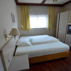 Hotel Gleiss Вена сейф в номере