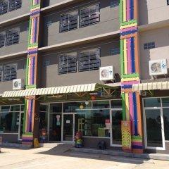 Отель Sirarom Land Бангкок банкомат