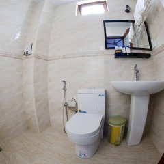 Hotel Elite Inn in Kaafu Atoll, Maldives from 56$, photos, reviews - zenhotels.com bathroom