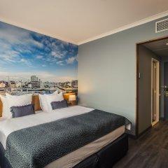 Отель Crowne Plaza Antwerp Антверпен сейф в номере