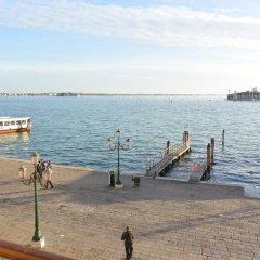 Отель A Tribute To Music Венеция приотельная территория фото 2