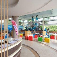 Отель Crimson Resort and Spa Mactan Филиппины, Лапу-Лапу - 1 отзыв об отеле, цены и фото номеров - забронировать отель Crimson Resort and Spa Mactan онлайн развлечения