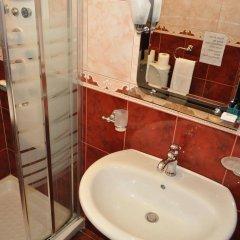 Отель Broadway Hotel Албания, Тирана - отзывы, цены и фото номеров - забронировать отель Broadway Hotel онлайн ванная фото 2
