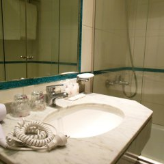 Embajador Hotel ванная фото 2