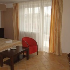 Гостиница Беккер в Янтарном 1 отзыв об отеле, цены и фото номеров - забронировать гостиницу Беккер онлайн Янтарный сейф в номере