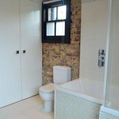 Апартаменты Spacious Apartment for 4 in Trendy Shoreditch ванная
