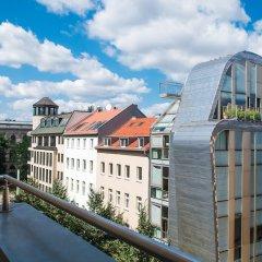 Отель Mikon Eastgate Hotel - City Centre Германия, Берлин - 1 отзыв об отеле, цены и фото номеров - забронировать отель Mikon Eastgate Hotel - City Centre онлайн балкон фото 2