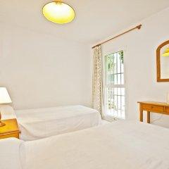 Отель Apartamentos Llevant комната для гостей фото 5