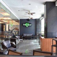 Отель Diamond Suites And Residences Филиппины, Лапу-Лапу - 1 отзыв об отеле, цены и фото номеров - забронировать отель Diamond Suites And Residences онлайн гостиничный бар