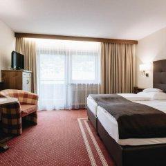 Отель Der Greil - Wein & Gourmethotel Австрия, Зёлль - отзывы, цены и фото номеров - забронировать отель Der Greil - Wein & Gourmethotel онлайн комната для гостей фото 3