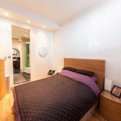 Отель Modern and Spacious Chic Flat in Knightsbridge Лондон сейф в номере