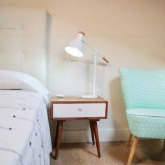 Отель OH Madrid Sol удобства в номере