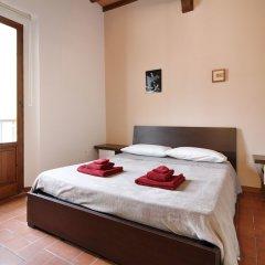 Отель L'attico di Sant'Ambrogio комната для гостей фото 2