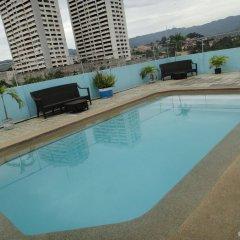 Отель Cebu Grand Hotel Филиппины, Себу - 1 отзыв об отеле, цены и фото номеров - забронировать отель Cebu Grand Hotel онлайн бассейн фото 2