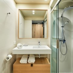 Отель Numad Studios Испания, Сан-Себастьян - отзывы, цены и фото номеров - забронировать отель Numad Studios онлайн ванная фото 2