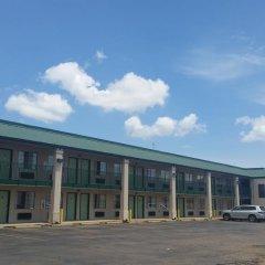 Отель Travel Inn парковка