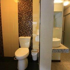 Отель Meet Inn At Silom Бангкок ванная