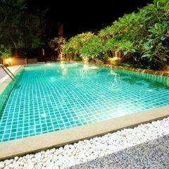 Отель Green Point Resort Бангкок бассейн фото 2