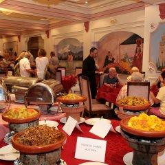 Отель Imperial Holiday Hôtel & spa Марокко, Марракеш - отзывы, цены и фото номеров - забронировать отель Imperial Holiday Hôtel & spa онлайн питание фото 2