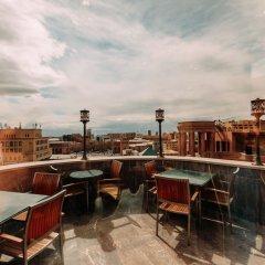 Отель Golden Palace Hotel Yerevan Армения, Ереван - отзывы, цены и фото номеров - забронировать отель Golden Palace Hotel Yerevan онлайн гостиничный бар