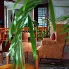 Kiriri Garden Hotel гостиничный бар