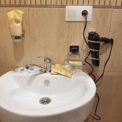 Гостиница Usadba 50 в Иркутске отзывы, цены и фото номеров - забронировать гостиницу Usadba 50 онлайн Иркутск ванная
