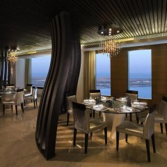 Отель Sofitel Abu Dhabi Corniche ОАЭ, Абу-Даби - 1 отзыв об отеле, цены и фото номеров - забронировать отель Sofitel Abu Dhabi Corniche онлайн питание фото 3