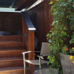 Отель Kings Corner Guest House Канада, Ванкувер - отзывы, цены и фото номеров - забронировать отель Kings Corner Guest House онлайн бассейн