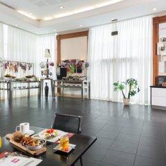 Leonardo Plaza Haifa Израиль, Хайфа - 2 отзыва об отеле, цены и фото номеров - забронировать отель Leonardo Plaza Haifa онлайн интерьер отеля фото 2