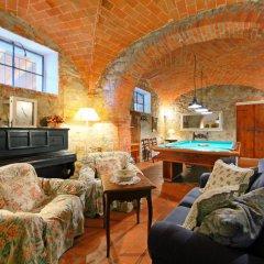 Отель Poggio Cuccule Монтеварчи комната для гостей