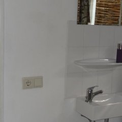 Отель Bed&Breakfast de Noordeling Нидерланды, Амстердам - отзывы, цены и фото номеров - забронировать отель Bed&Breakfast de Noordeling онлайн ванная