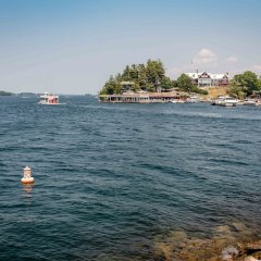 Отель Capt. Thomson's Resort пляж фото 2