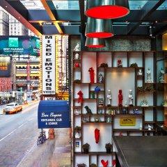 Отель citizenM New York Times Square