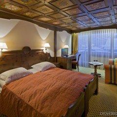 Отель Swiss Alpine Hotel Allalin Швейцария, Церматт - отзывы, цены и фото номеров - забронировать отель Swiss Alpine Hotel Allalin онлайн комната для гостей фото 5