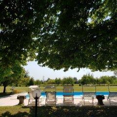 Отель SoloQui B&B Италия, Зеро-Бранко - отзывы, цены и фото номеров - забронировать отель SoloQui B&B онлайн бассейн фото 2