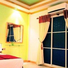 Отель Kurumba Villa сейф в номере
