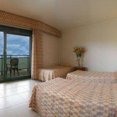 Отель Fenals Garden комната для гостей фото 4
