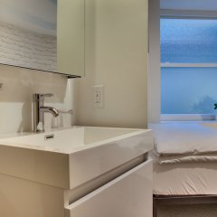 Отель Hive США, Вашингтон - отзывы, цены и фото номеров - забронировать отель Hive онлайн ванная фото 2