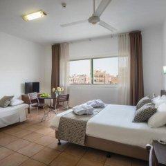 Costantiana Beach Hotel Apartments комната для гостей фото 4