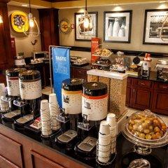 Отель Hampton Inn & Suites Staten Island США, Нью-Йорк - отзывы, цены и фото номеров - забронировать отель Hampton Inn & Suites Staten Island онлайн питание