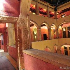 Отель Cour Des Loges Hotel Франция, Лион - 1 отзыв об отеле, цены и фото номеров - забронировать отель Cour Des Loges Hotel онлайн интерьер отеля фото 3