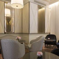 Отель Le Narcisse Blanc & Spa Франция, Париж - 1 отзыв об отеле, цены и фото номеров - забронировать отель Le Narcisse Blanc & Spa онлайн питание