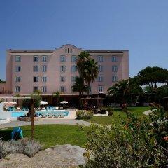 Отель Isola Sacra Rome Airport парковка