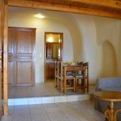 Отель Anemomilos Suites Греция, Остров Санторини - отзывы, цены и фото номеров - забронировать отель Anemomilos Suites онлайн комната для гостей фото 3