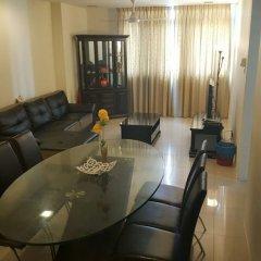 Отель Taragon Apartment Services Малайзия, Куала-Лумпур - отзывы, цены и фото номеров - забронировать отель Taragon Apartment Services онлайн комната для гостей фото 2