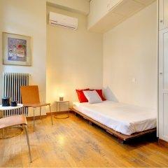 Отель Artistic neoclassical residence Греция, Афины - отзывы, цены и фото номеров - забронировать отель Artistic neoclassical residence онлайн комната для гостей фото 5